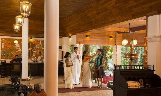 The Elephant Court Thekkady: Traditional welcome at Lobby