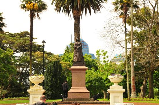 """Albert-Park: Повелительница """"Британской империи, над которой никогда не заходит солнце"""""""