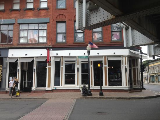 favorite spot in south norwalk Local Kitchen and Beer Bar Norwalk Travelle