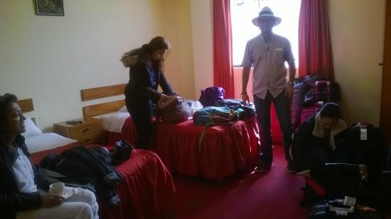 Pirwa Hostel Backpackers Familiar, San Blas: Llegando