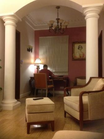Dalat Edensee Resort & Spa: study area of a villa