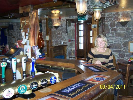 Oyster Inn: Connel