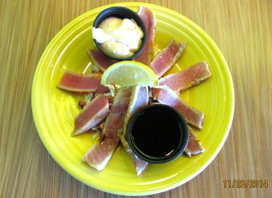 Humdingers Fire Grill Fish and Chicken: Ahi Tuna