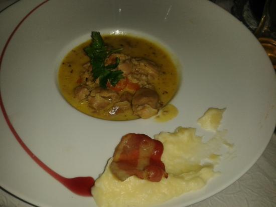 Saute De Dinde Au Curry Picture Of Hotel De La Poste Chateauneuf De Randon Tripadvisor