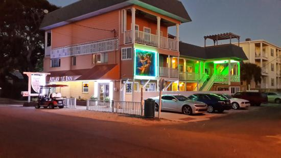 Atlantis Inn: Love their colors