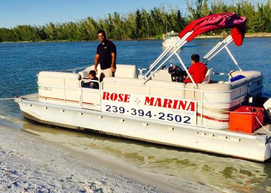 Rose Marina Boat Rentals : Anchored at Keewaydin