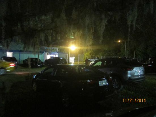 The Kissimmee Sports Arena Rodeo: parking