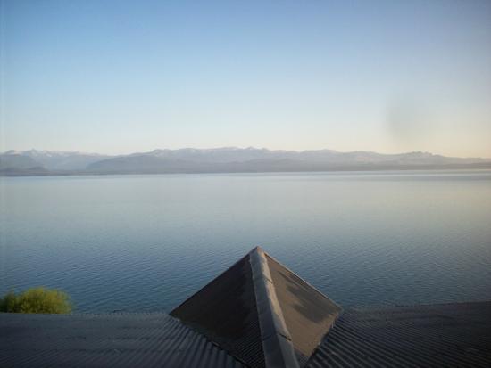 Costas del Nahuel Hosteria: Vista desde la habitación. Lago Nahuel Huapi