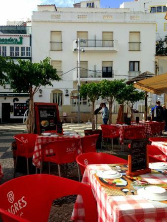 Jo Jo's Restaurante: Lovely outdoor area