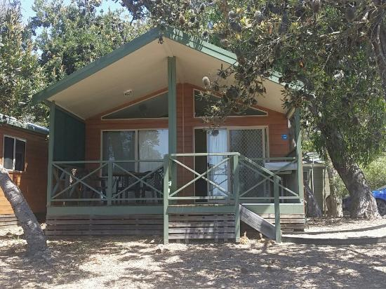 Discovery Parks - Pambula Beach: The Cabin we stayed in