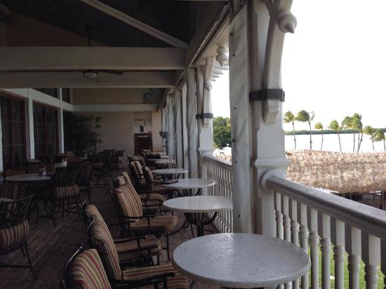 Zane Grey Lounge: Outside view