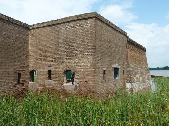Old Fort Jackson: fort