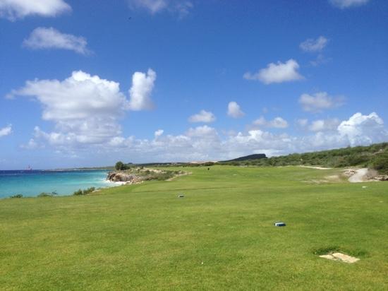 Old Quarry Golf Course: hole 2 vanaf de afslag van 3