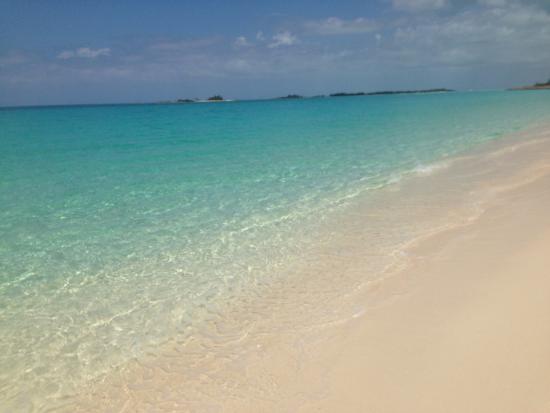 Green Turtle Club & Marina: Each beach more beautiful than the next