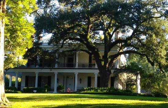 Brandon Hall Plantation : Front of Brandon Hall