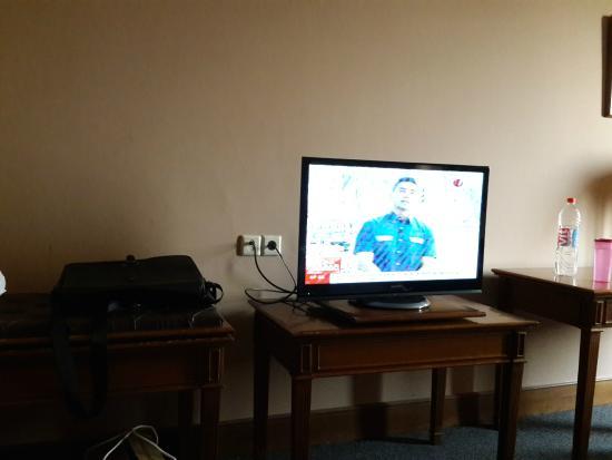 de Rivier Hotel : TV