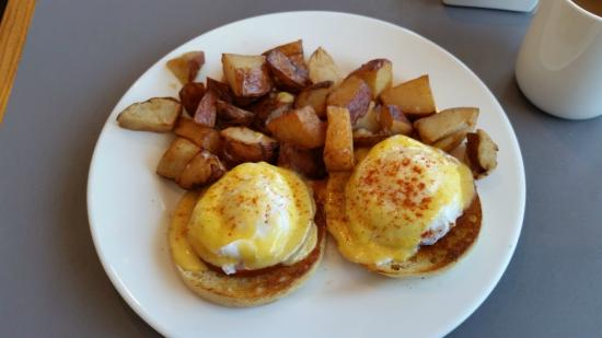 Mile Marker One Restaurant Eggs Benedict My Favorite Breakfast And Huge Portions