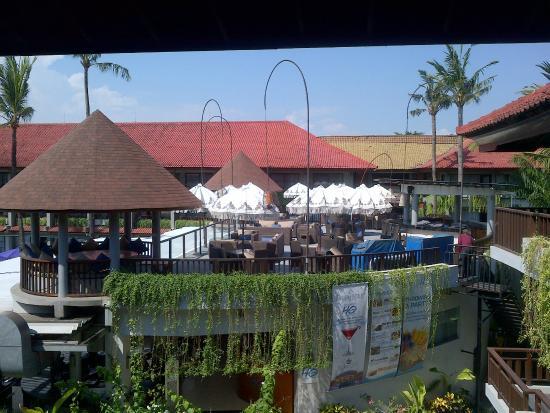 di depan kamar - Photo de Bali Dynasty Resort, Kuta - TripAdvisor