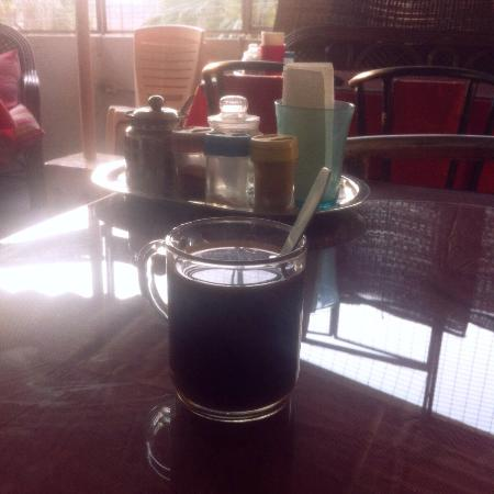 Aum Cafe: Coffee Americano , not the best cup I have had :(