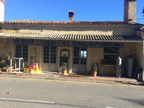 Auberge de la Croix du Pape: Restaurant Front