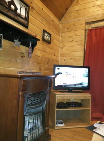 Getaway Cabins : Living area