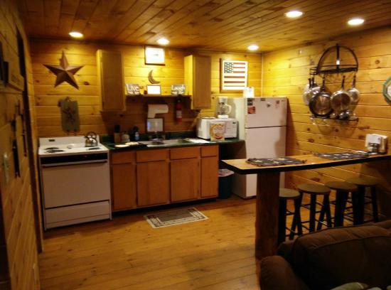 Kitchen Foto Di Getaway Cabins South Bloomingville