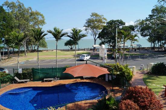 Charlton Apartments: View to bay