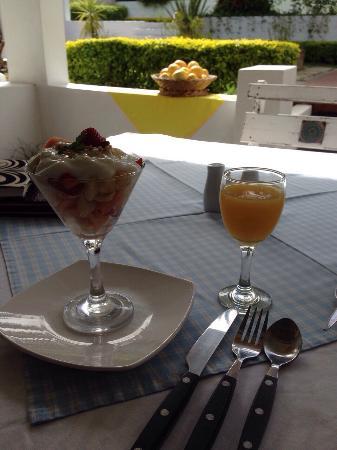 Flametree Guesthouse: What a breakfast !