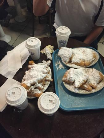 Coffee Call: Beignet, delicious!!!!