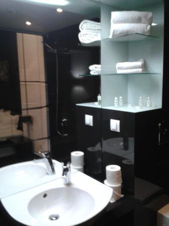 Hotel Fashion: Bathroom