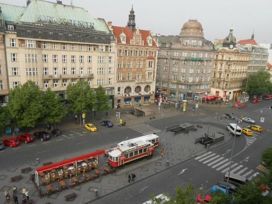 Hotel Meran : Вид из окна. Кусочек Вацлавак.