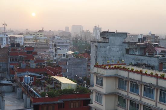 Hotel Nepalaya : Sunrise view from Nepalaya rooftop
