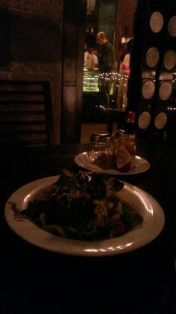 Cafe Moshe's : Pear & Rocket Salad