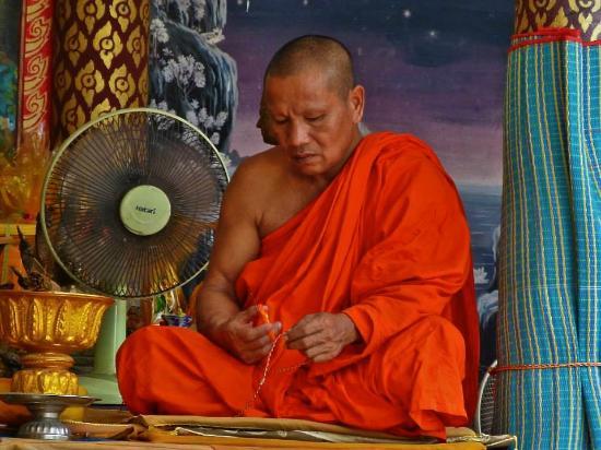 Bophut, Thailandia: Monk