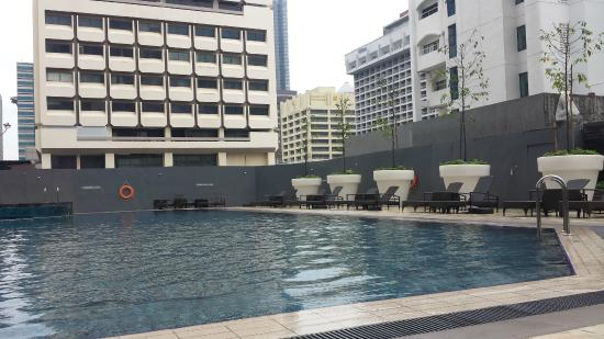 how to go orchard hotel