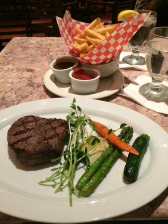Chardonnay Restaurant & Lounge: Sirloin Steak