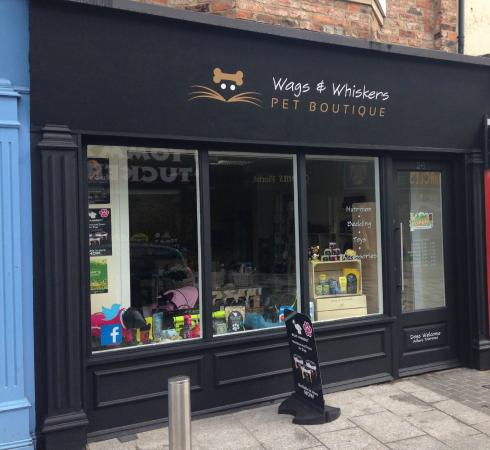 ‪Wags & Whiskers Pet Boutique‬