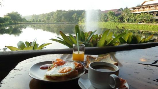 Rim Doi Resort: Breakfast with fresh air