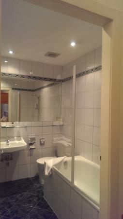 Das Opernring Hotel: Ванная