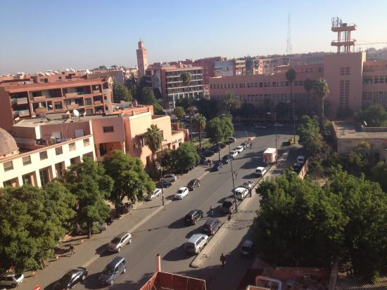 Hotel Almas: Vue, côté rue