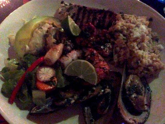 Donna & Giorgio: Seafood grill mix