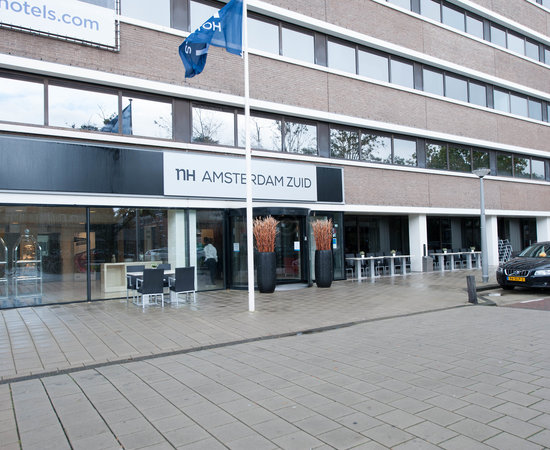 Photo of Hotel NH Amsterdam Zuid at Van Leijenberghlaan 221, Amsterdam 1082 GG, Netherlands