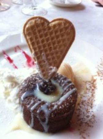 Hospital de Benasque 2000 SL.: Coulant de chocolate al amor amor