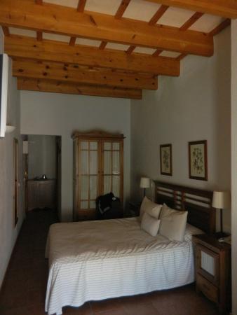 Hotel Es Mercadal : bedroom