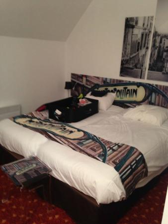 Inter-Hotel Rueil Centre: Twin room