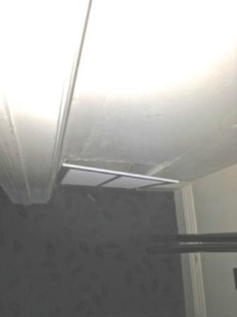Inn at Churon Winery : Wall vents hanging off the wall
