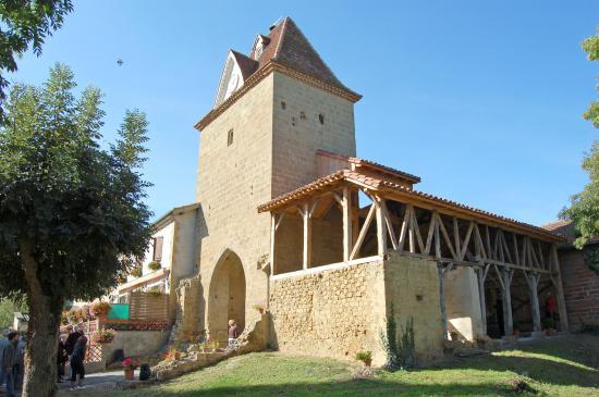 Mont-d'Astarac, فرنسا: Tour porte de ville, fin XVème siècle