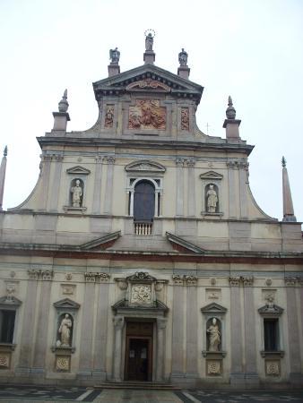 Cartuja de Milan: facciata