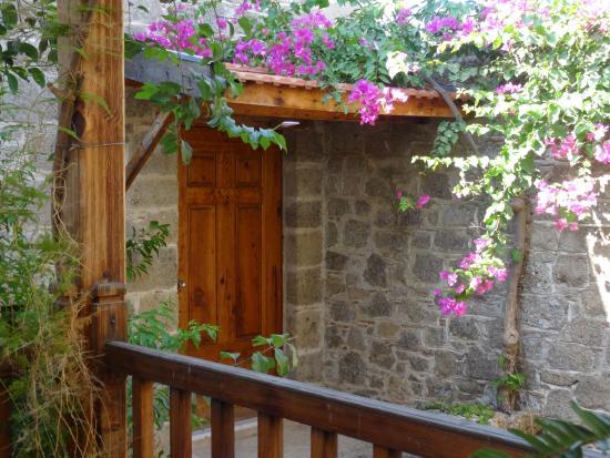 Mehmet Ali Aga Mansion : Another Quaint Hotel Room Entry Door
