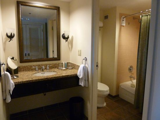 Bathroom Vanity Orlando vanity and bathroom - picture of loews royal pacific resort at